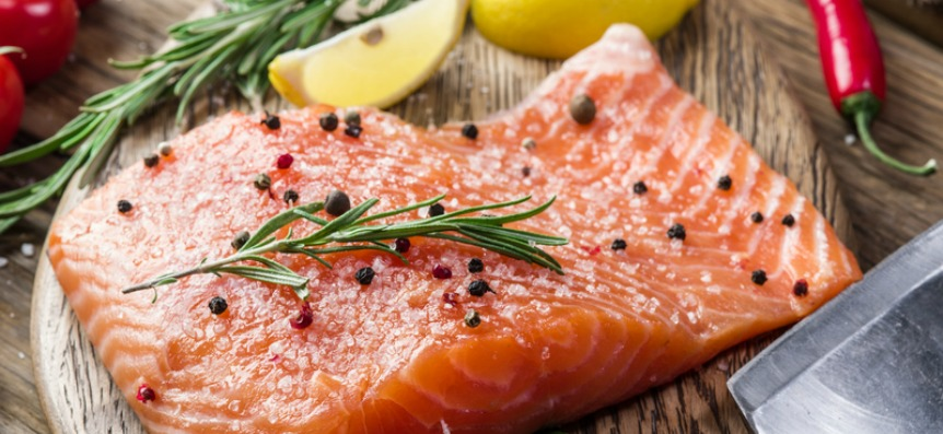 How to Enjoy Salmon and Tuna the Healthy Way